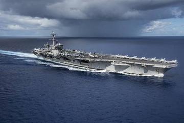 Corea del Norte muestra artillería y EE.UU. envía submarino nuclear