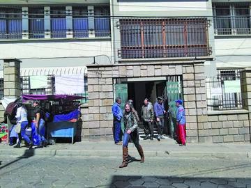 Trabajadores de la UATF elaboran acuerdo sobre demanda laboral