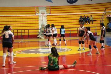 Potosinas quedan eliminadas en voleibol