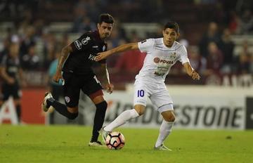 Lanús empata a Zulia con un gol de José Sand