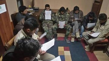 La liberación de los 9 bolivianos en Chile solo tiene dos salidas