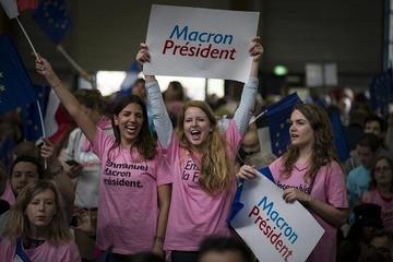 Macron y Le Pen entran en la  recta final electoral en Francia