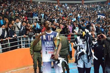 Calero logra el retorno del norteamericano Jamal Francis