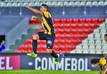 Guaraní gana por 3-1 a Zamora