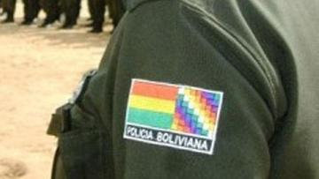 Policía captura a una falsa capitana estafadora en Oruro