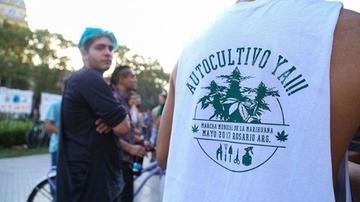 Tres países marchan a favor de la legalización de la marihuana