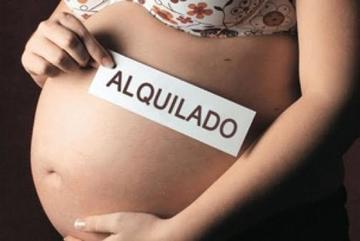 Una denuncia de rapto devela un caso sobre vientre de alquiler
