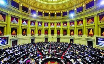 Aprueban ley contra la reducción de condenas a represores argentinos