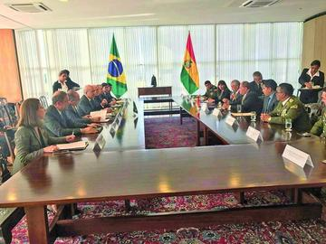 Bolivia y Brasil acuerdan luchar contra los delitos en la frontera