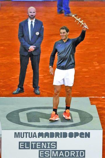Rafael Nadal logra el título en el Mutua Madrid Open