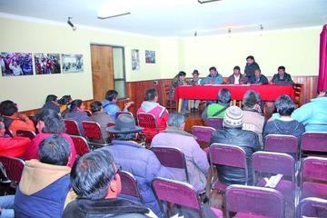 Comcipo exige reubicación de cooperativistas del Cerro Rico