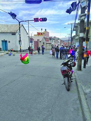 Comercializadores de autopartes quieren áreas de parqueo