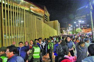 Las entradas para esta noche cuestan 30 Bolivianos