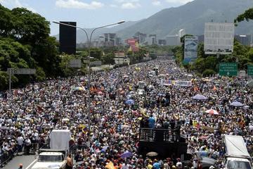 Sube a 47 los muertos en protestas en Venezuela