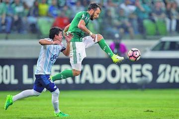 Palmeiras vence a Tucumán y acaba primero del Grupo 5