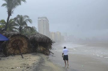 México prevé 27 ciclones tropicales en una atípica temporada