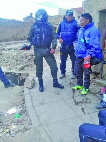 Policía arresta a veintena de personas por beber alcohol