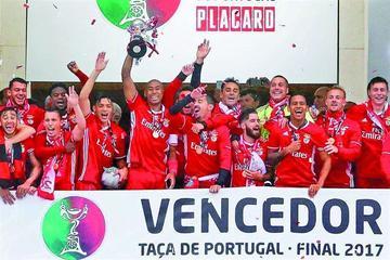 Benfica gana la Copa de Portugal y firma un doblete
