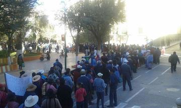 Vecinos posponen el bloqueo de la carretera a Tupiza por un día