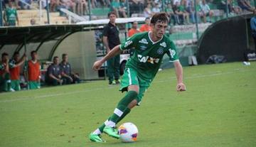 Chapecoense derrota al Cruzeiro y toma la punta en Brasil