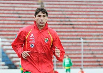 Ronald Raldes es baja en Bolivia