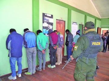 Cae banda de traficantes que envía droga a países