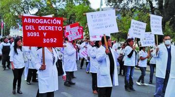 Médicos y el Gobierno retoman mañana las reuniones de trabajo