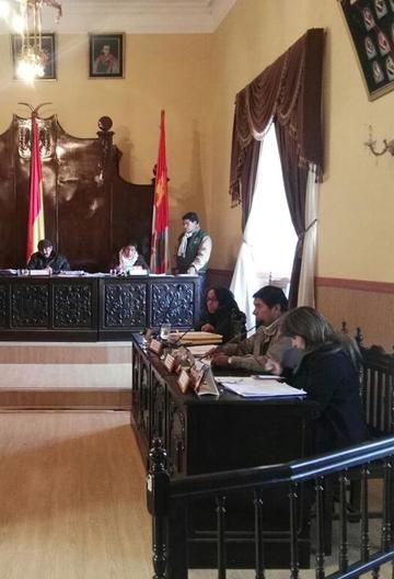 El Concejo Municipal  aprueba proyectos de educación para Potosí