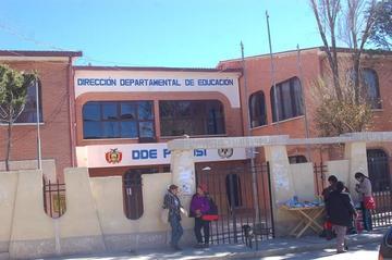 Hallan irregularidades en cuatro ingresos de maestros a la ciudad