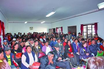 Lanzan convocatoria para el congreso vecinal de Potosí