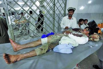 Varios atentados dejan decenas de personas muertas en Pakistán