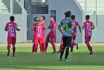 Guabirá gana en Yacuiba y hunde más a Petrolero