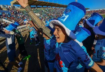 "Bolívar anuncia ""gancho"" para dar la vuelta olímpica"