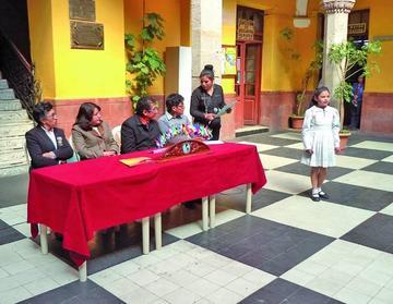 """Mesa Redonda Panamericana invita esta noche a la """"II Gala Poética"""""""