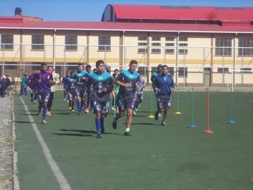 La dirigencia lila garantiza la continuidad de 13 jugadores en su plantel