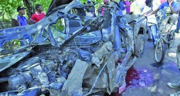 Choque de dos vehículos deja cuatro fallecidos