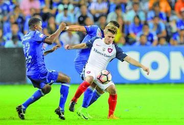 San Lorenzo vence 1-0 a Emelec