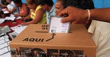 Más de 124 mil personas definen si 14 regiones consolidan autonomías