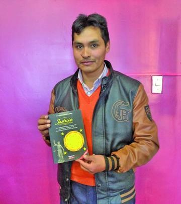 Difunden en Potosí el libro sobre Justicia Comunitaria