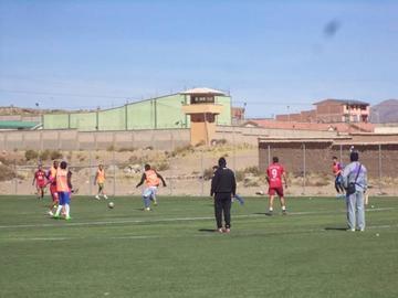 Troche prueba con Castellón y Cuellar en el ataque