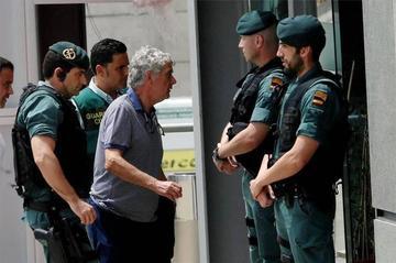 Envían a prisión a Ángel María Villar