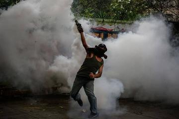 El paro opositor contra Maduro deja dos muertos y 173 detenidos