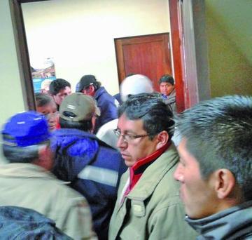 Trabajadores de Sepsa toman las oficinas y la gerencia lo denuncia