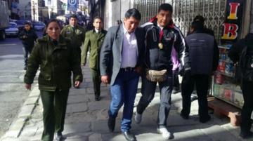 La Paz: Achacachi inicia bloqueo y paro por la captura de un dirigente
