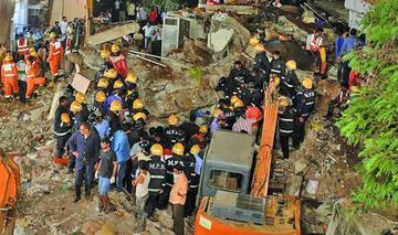 Derrumbe de un edificio en la India deja 12 personas muertas