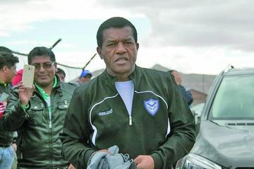 DT Uribe alista a un plantel fortalecido