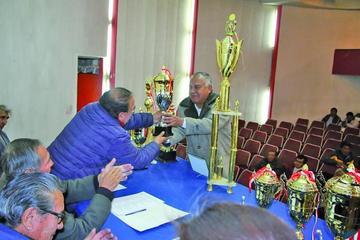 Mutual de Jugadores premia a sus campeones