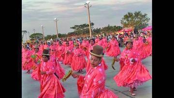 Devotos de la Virgen toman  con danzas el Cambódromo