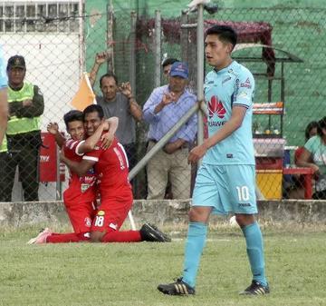 Guabirá golea al campeón del fútbol boliviano