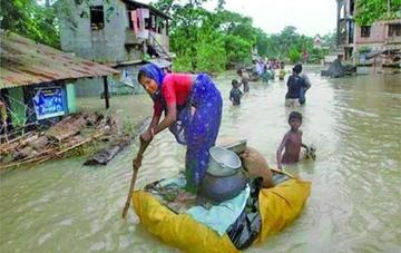 Inundaciones en la India dejan a dos millones de evacuados